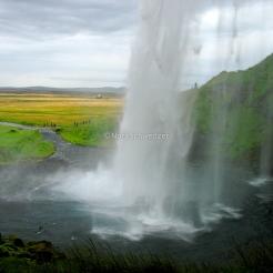 La chute de Seljalandsfoss