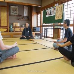 Méditation dans le temple Zenpoji, Yamagata Japon © Nora Schweitzer